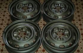 Cerchi ruota 4,5J x 15 pollici Lancia Flavia